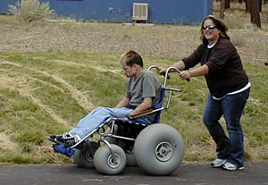 Off-roadin' wheelchair